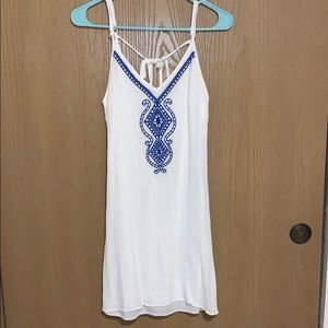 Maurices White with Blue Embroidered Design